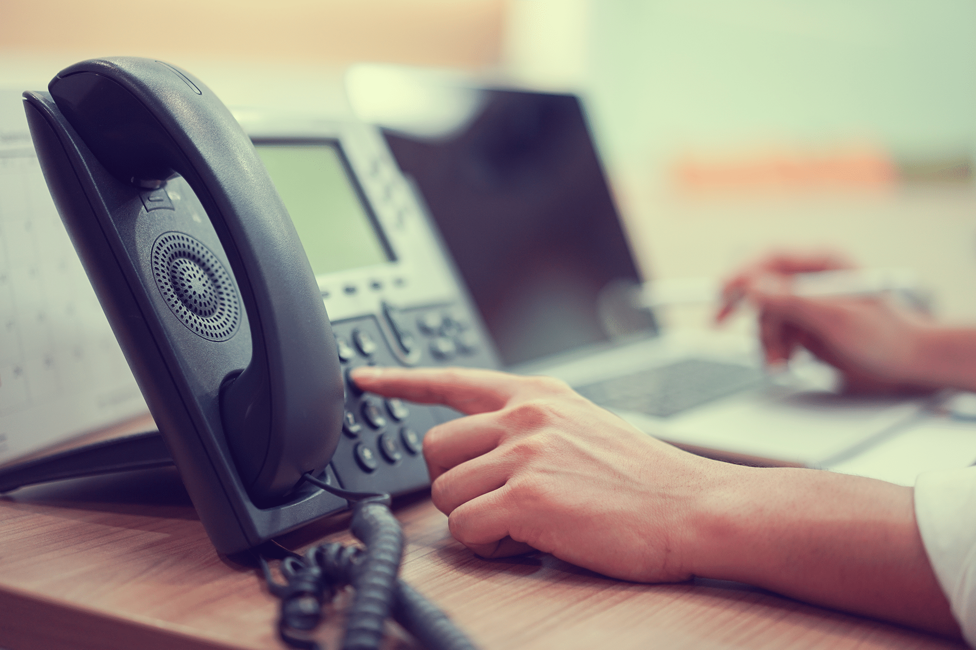 6 Business Phone Systems Reliability. Durability & Expandability v2